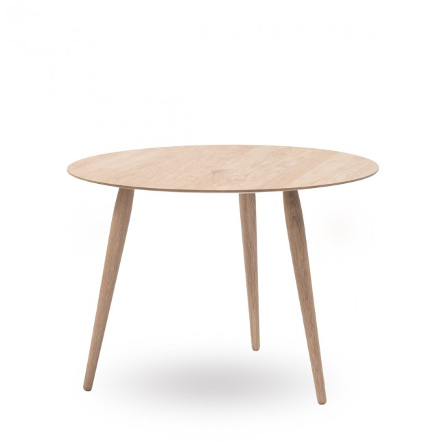 [Bruunmunch/브루운먼치] Playround Coffee Table (Wood Ø 90 cm) Soaped Oak // 플레이라운드 커피 테이블 (우드 Ø 90 cm) 소프드 오크