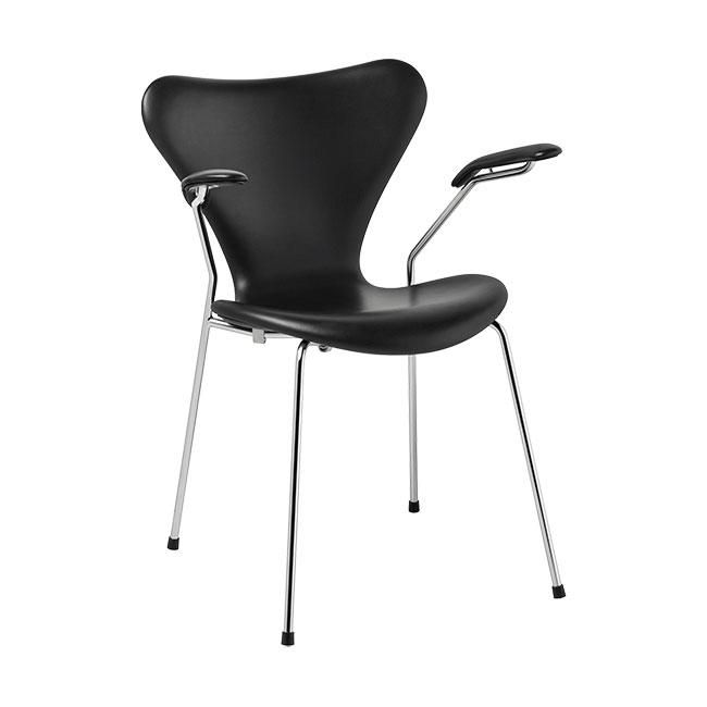[Fritz Hansen/프리츠한센] Series 7 Armchair (fully upholstered, leather) Soft Black / 시리즈 7 암체어 소프트 블랙