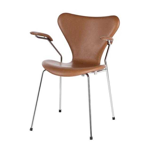 [Fritz Hansen/프리츠한센] Series 7 Armchair (fully upholstered, leather) Walnut / 시리즈 7 암체어 월넛