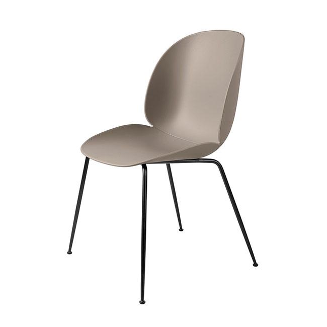 [Gubi/구비] Beetle Chair - New Beige, Matt Black // 비틀 체어 - 뉴 베이지, 매트 블랙